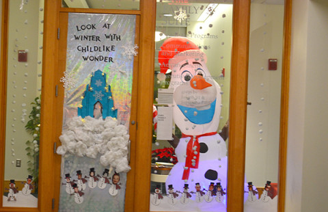 The Faro Suite decorated in a snowy Frozen theme complete with an inflatable Olaf