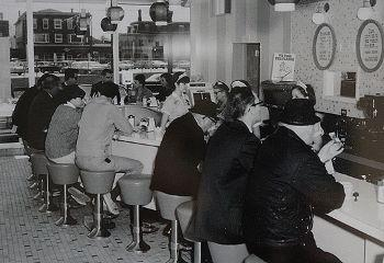 Dunkin Donuts store in the 1970s