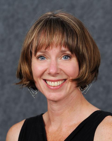 Molly Campbell headshot